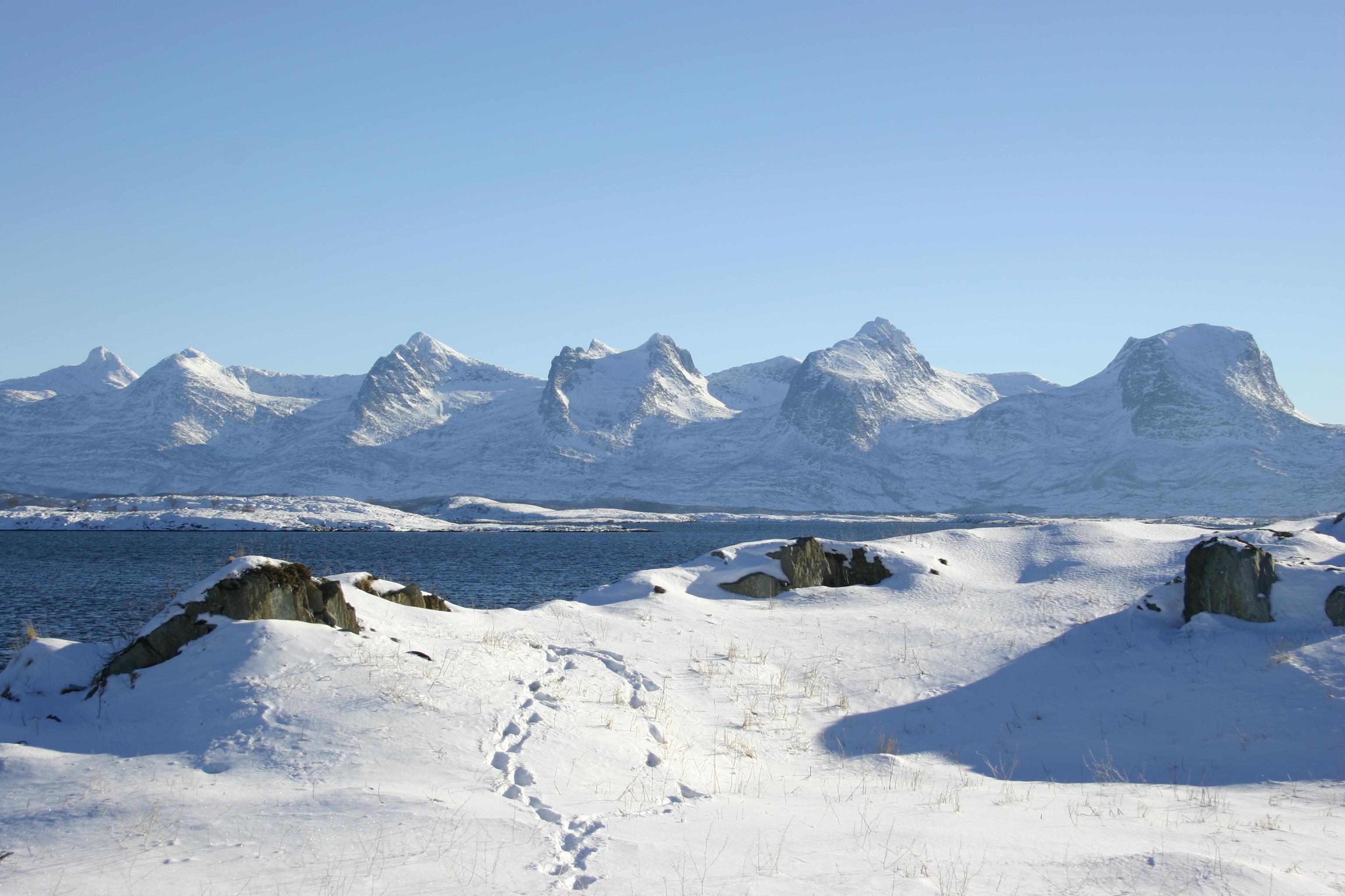 Alstahaug kommune - Helgeland - De syv søstre - Foto: Sigrid Haarberg