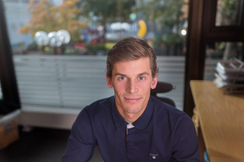 Rolf Einar på kontoret