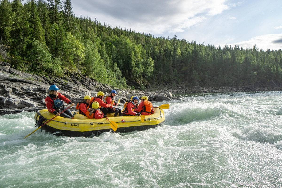 Traineer på rafting