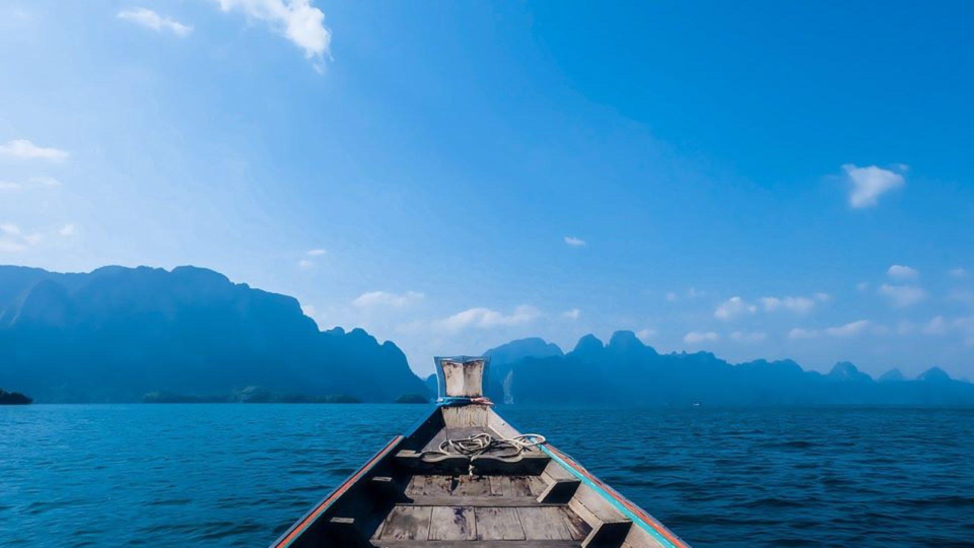 Båt på sjøen
