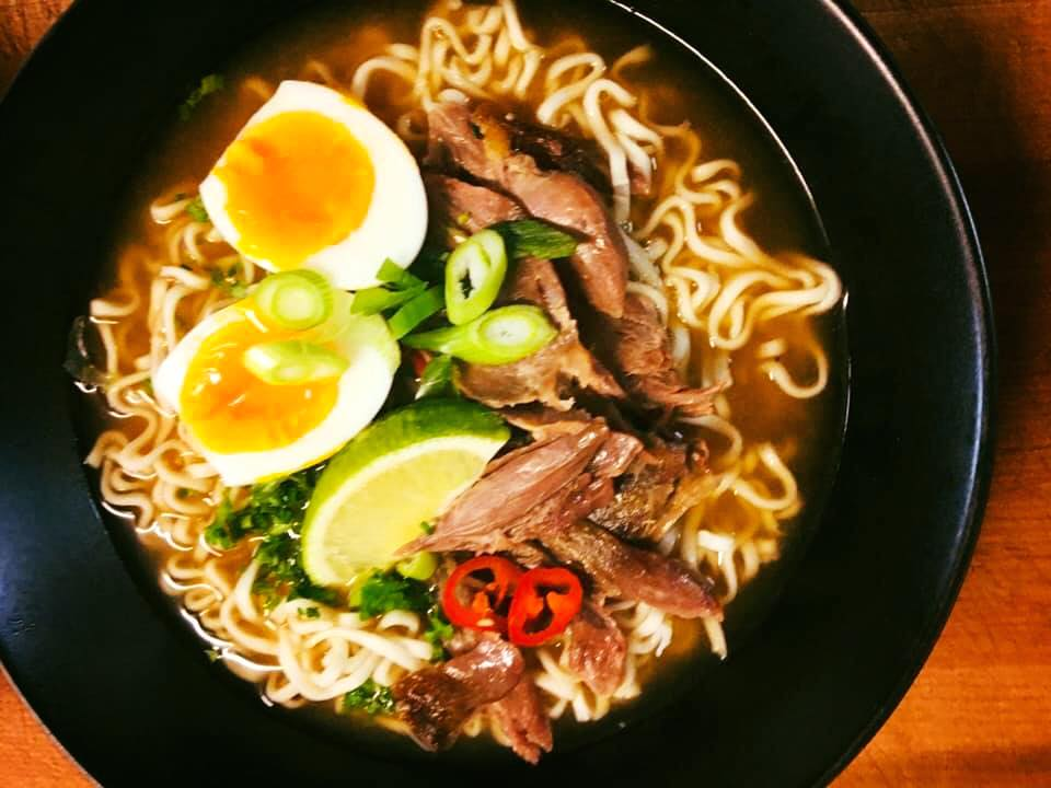 Ramen noodle suppe