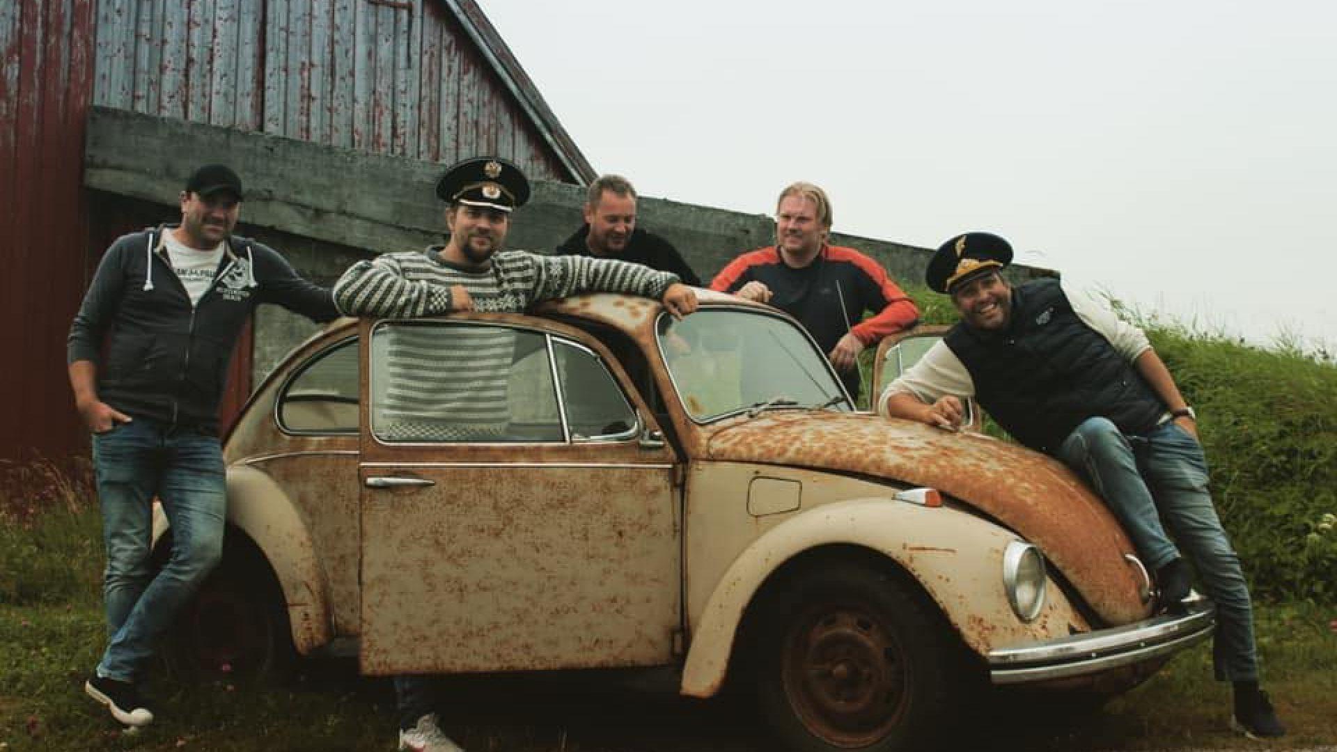 Coverbilde bandet harabaill , fem menn og en bil